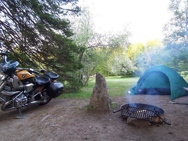 Moto Camping BMW Style