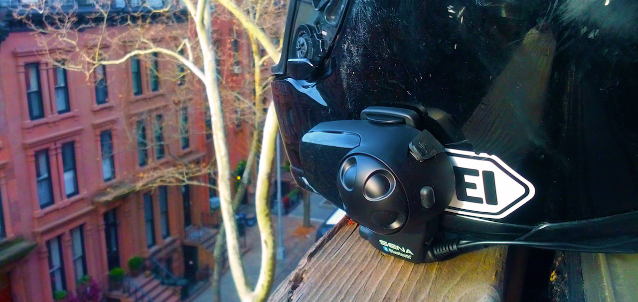 wired and wireless helmet intercoms compared helmet intercoms wired bluetooth