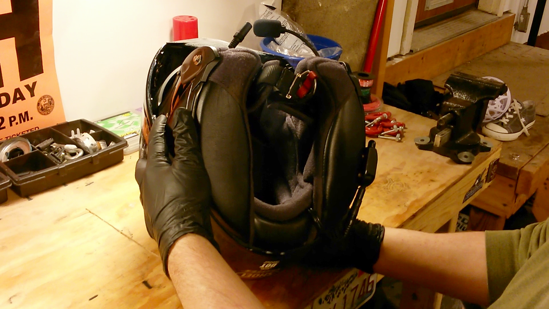clean-motorcycle-helmet-10