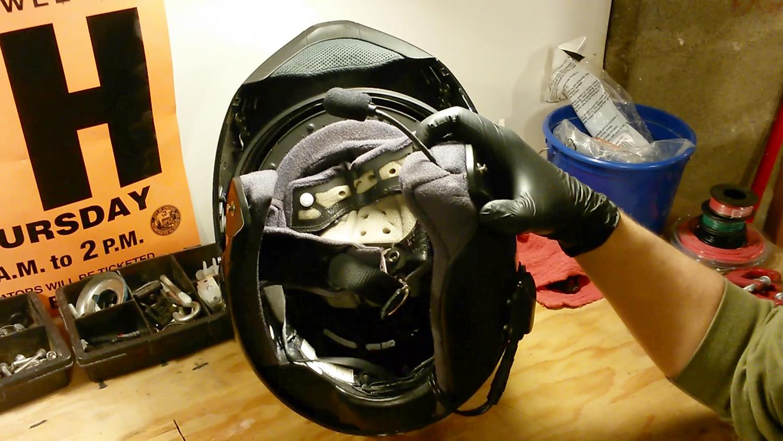 clean-motorcycle-helmet-14