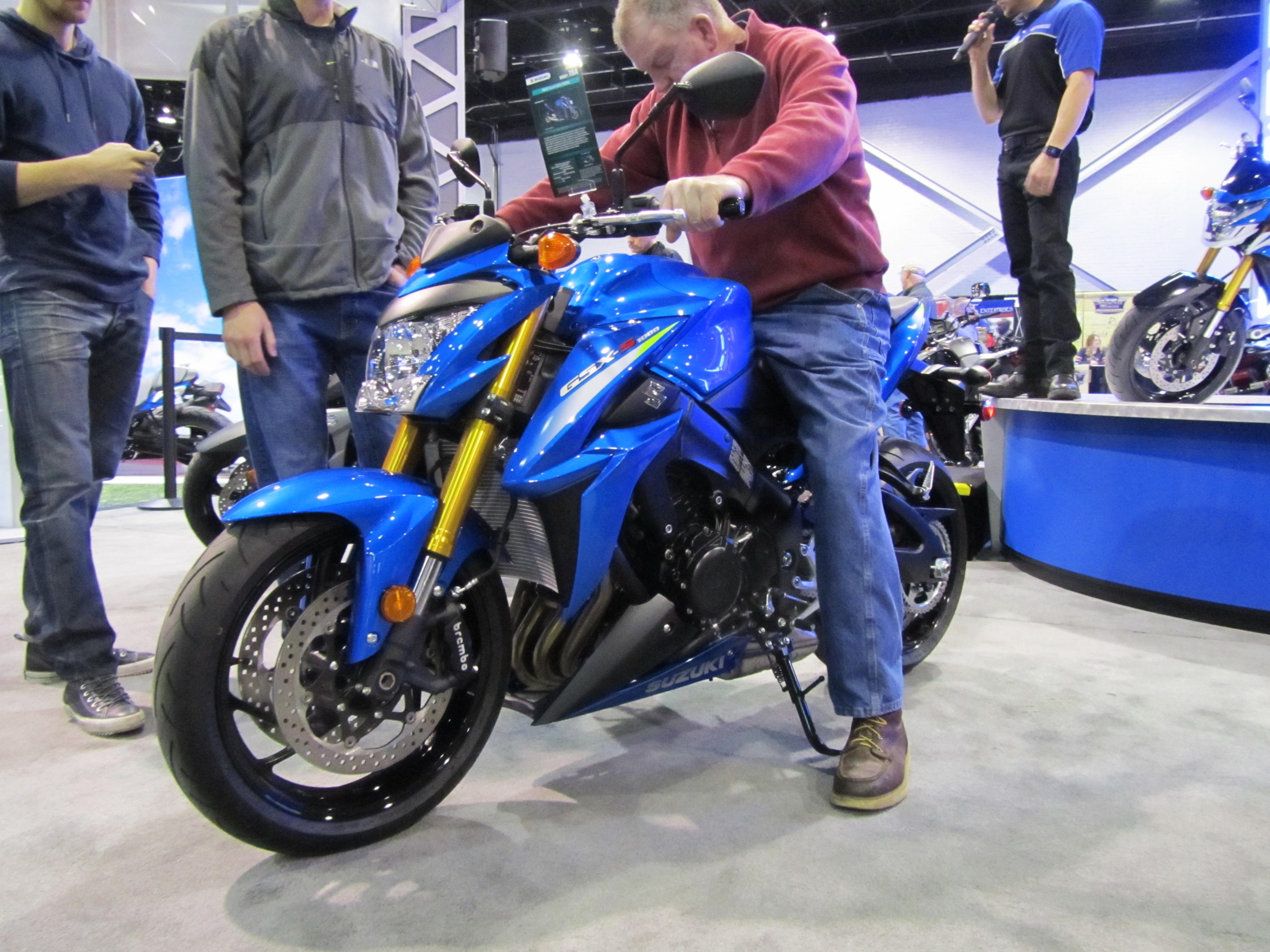 2015-ims-international-motorcycle-show-07