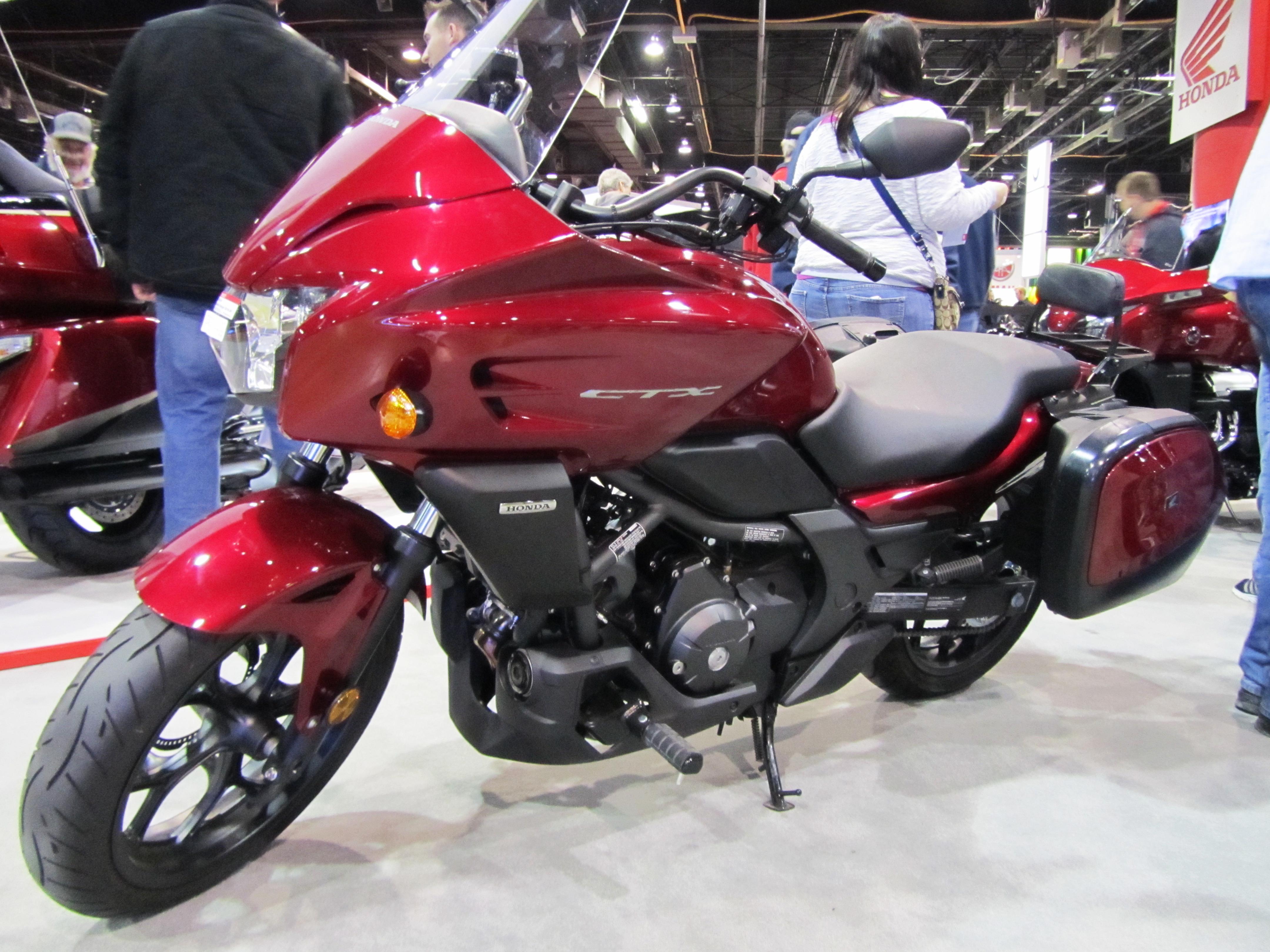 2015-ims-international-motorcycle-show-49