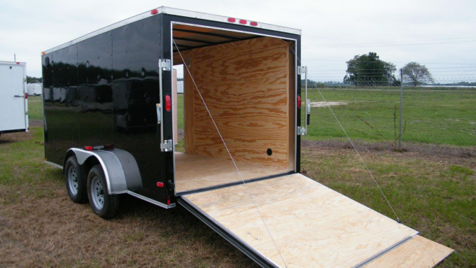 enclosed-motorcycle-trailer-02