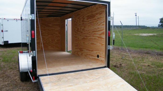enclosed-motorcycle-trailer-03