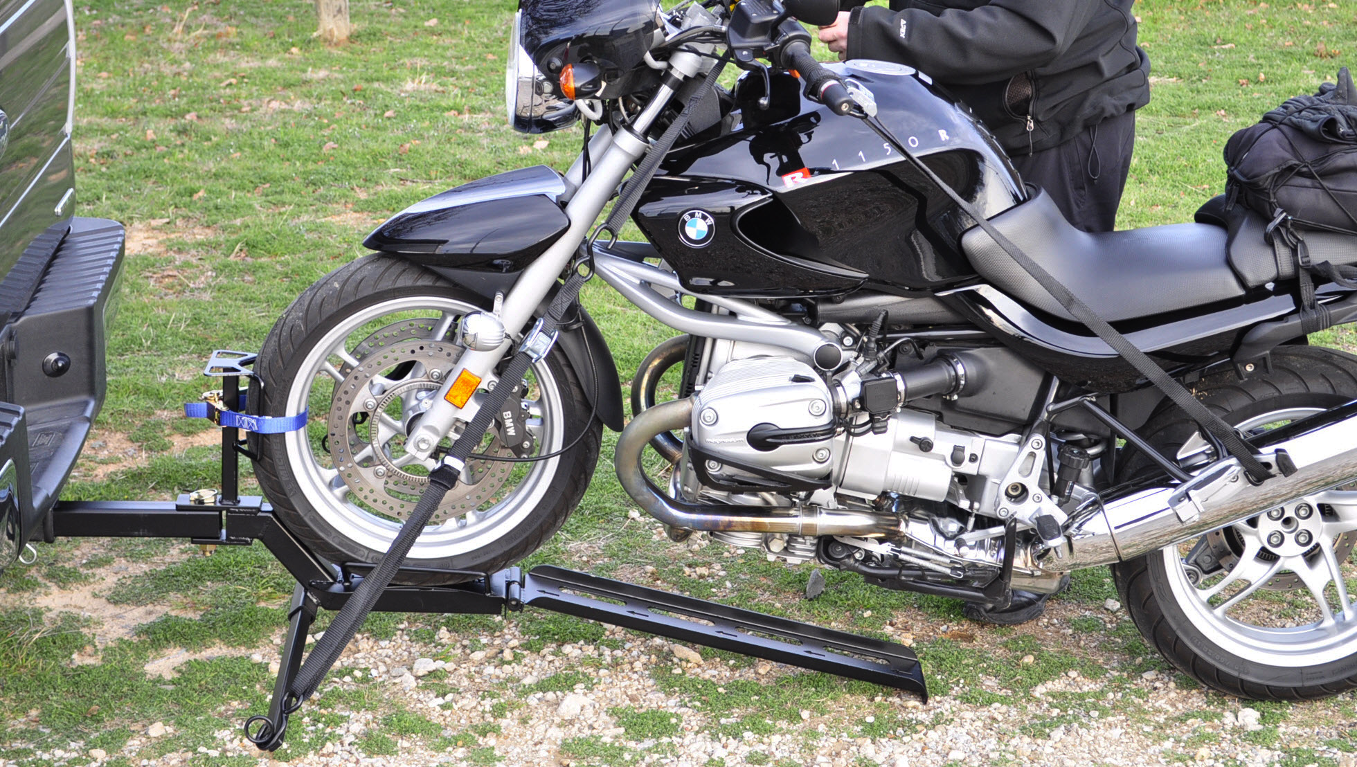 Motorcycle Safety Gear >> Simple, Easy-Stow Compact Trailer-Hitch Motorcycle Towing