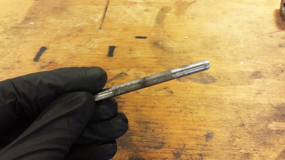 Clean Clutch Actuator Rod