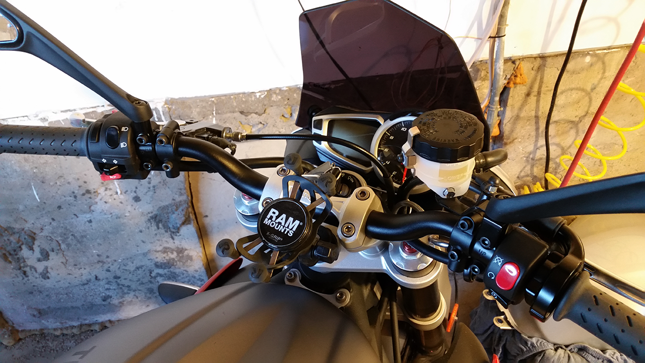 Street Triple R Motorcycle Mirror Mount
